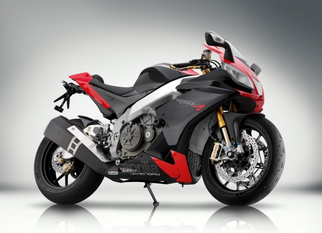 Picture for category RSV4 R (2009 - 2012)